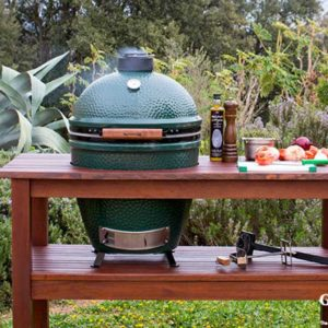 Outdoor Big Green Egg with cart